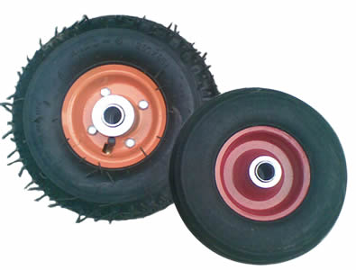 One pneumatic tire and one solid tire, pneumatic one is a little bit bigger than the solid one.